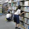 医学図書館で中学生の職場体験学習を受入れました