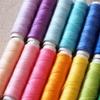 季節感を出すには?着こなしやすい色とは?色物の服は明度と彩度を意識するべし