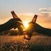 豪州のビールブランドが仕掛けた、奇想天外な太陽光発電促進アイデア