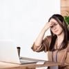 パソコン、スマホで頭痛・肩こり…目疲れの原因は自律神経?!