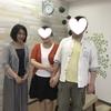 「結婚式が決まりました!」って♪幸せそうな笑顔の彼女の手は自然に彼のうでに・・・