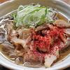 1月5日(火)昼食の肉そばと、夕食の焼きサバ。