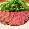 牛赤身肉を低温長時間調理した