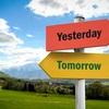 「去年の今頃」「明日の今頃」は英語で?