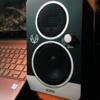 """小型 (3.0インチ) モニタースピーカ """"EVE Audio SC203"""" レビュー"""