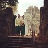 @アンコールワット個人ツアー(307) @コーケー遺跡とカンボジア人の記念撮影