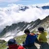夏の大冒険!高山植物のお花畑と大雪渓、北アルプス立山登山(1日目) 高地の温泉宿「みくりが池温泉」で感激の快適宿泊