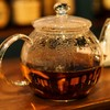 喉に良いはちみつを紅茶でいただく習慣。