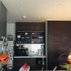 DIY 賃貸でも壁紙で食器棚のイメチェン