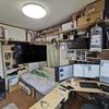 DIY初心者の私は、ラブリコを使って壁に穴を開けず棚を机をテレビを どうすりゃいいですか?