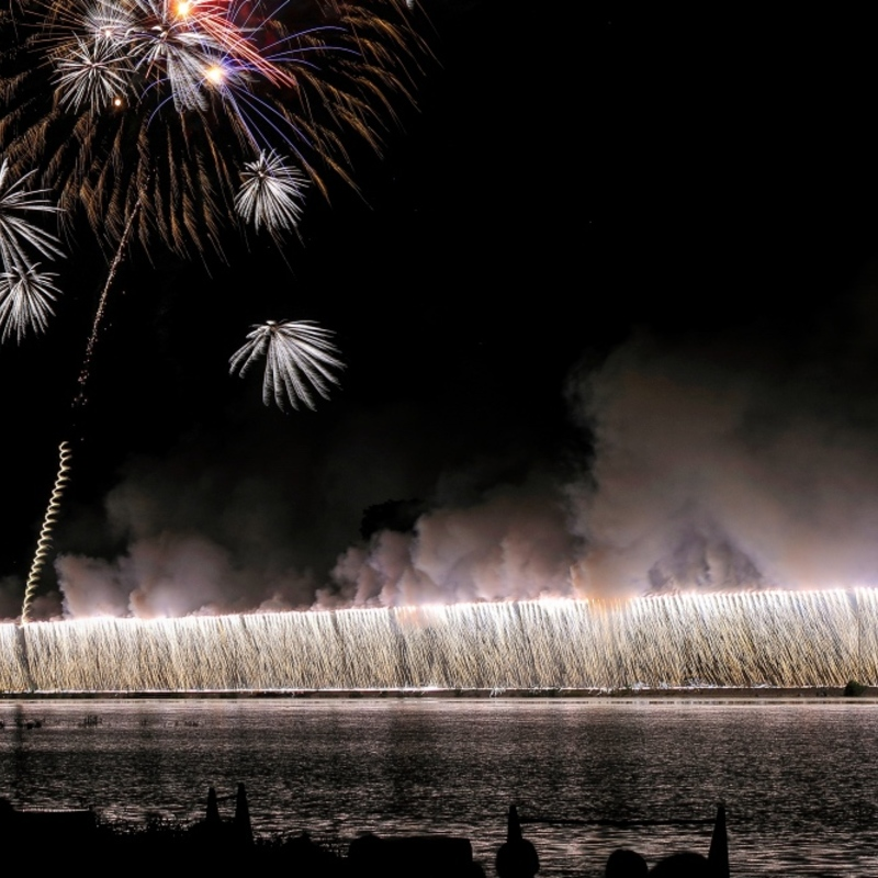 2019年【京都南丹市花火大会】フィナーレのスターマインを極限に楽しめるおすすめポイント