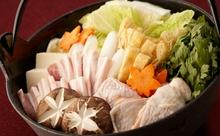 「鍋奉行」を英語で説明できますか?