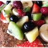 【グルテンフリー】朝食の定番♪ モラセス入りオートミールパンケーキにたっぷりのフルーツを添えて
