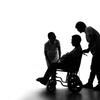 介護施設で事故にあったときの相談先は?家族はどうするべき?