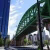御茶ノ水駅周辺にて、松住町架道橋から神田川橋梁、煉瓦連続高架拱橋を見て