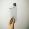 薄さ3.5cm!超スリムなドリンクボトルを買った。