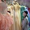 台湾で結婚写真を撮影するため、ドレスを選びました