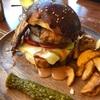肉!ニク!うるま市石川BONESのスペシャルバーガーと阿麻和利バーガー