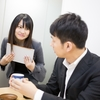 【体験談】年下の異性と社内恋愛に発展するメリットとデメリット