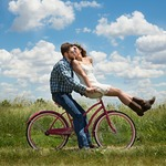 婚活サイトはプロフィールが命!理想の人とマッチングするコツ