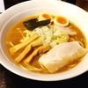 [ま]つけ麺がウリの三ツ矢堂製麺であえて「らーめん」を喰らう @kun_maa