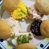 手作り全粒粉の胡麻プチパンを5種にアレンジしてのディナー満喫