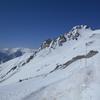 残雪の立山連峰(2)立山雄山