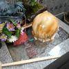 梅田のお初天神、露天神社の難転石の回転がヤバい!水力でまわる珍しい石!【大阪市】