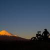 スポーツスターのイグニッションコイル移設と富士山尽くしの走り納めへ