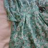 ポリエステルや薄い生地の化学繊維のお洋服をリメイクする方法