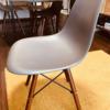 リプロダクト『イームズチェア』を使って1年の感想。座り心地や耐久性を紹介。