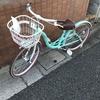 新しい自転車を買いました。姉妹の構図
