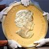 重さ100キロ・4億円の巨大金貨、盗まれる