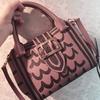 最近ヘビロテのバーバリーのバッグ