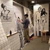 等身大に描かれる「Kazuya Mougi  21st Century Boys & Girls 展へ