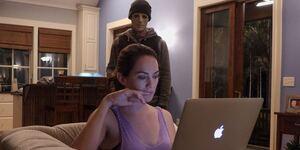 「サイレンス」ホラー映画の感想:イマイチなホームインベージョン