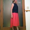 どんな年代でも履ける真っ赤なフレアスカート