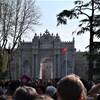 イスタンブール 新旧の二大宮殿を見学