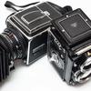 ハッセルブラッドとローライフレックス。2大中判カメラで撮るポジフィルム。