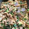 豚肉とこんにゃくは玉ねぎの炒め物