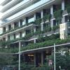 東京京橋『東京スクエアガーデンとAGC Studioと銀座煉瓦の碑とガス灯レプリカ』