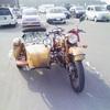 こんなバイクを見ました。