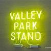 『VALLEY PARK STAND』カジュアルホテルのシティモダンなカフェ - 東京 / 渋谷