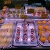近江町市場は今や旅行者の食卓