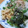 7月18日(土)昼食のサラダうどんと、夕食代わりの焼き鳥。