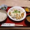浪花ろばた八角(川崎アゼリア)でチキン南蛮定食800円を美味しくいただく