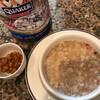 味付け薄めの朝食用オートミールにベイクドビーンズが合う
