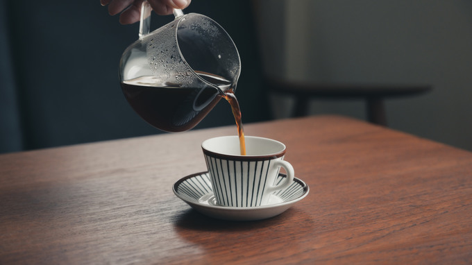見ればコーヒーが飲みたくなる&淹れたくなる写真の撮影テクニック
