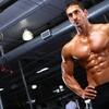 筋肥大のメカニズム(骨格筋が過負荷の刺激にさらされると収縮タンパク質(アクチンとミオシン)のサイズと量、サルコメア(筋節)の数が同時に増加する)