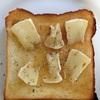カマンベールチーズトースト
